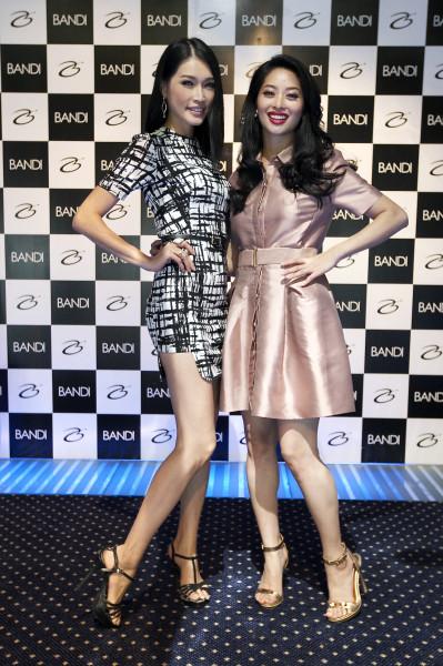 (Pic 2) L - Amber Chia (Guest), R - Sarah Lian (Emcee)